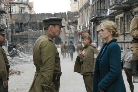 Evgeniy Sidikhin Yevgeni Sidikhin as Major Andreij Rybkin with Nina Hoss as Anonyma in drama war 'A Woman in Berlin.'