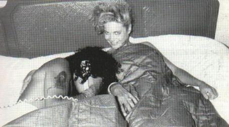 Lois Ayres Slash &