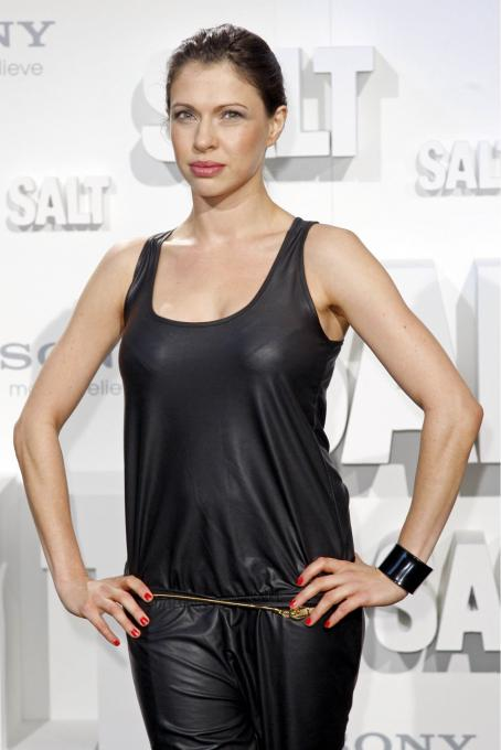 Jana Pallaske - Premiere Of 'Salt' In Berlin - 2010-08-18