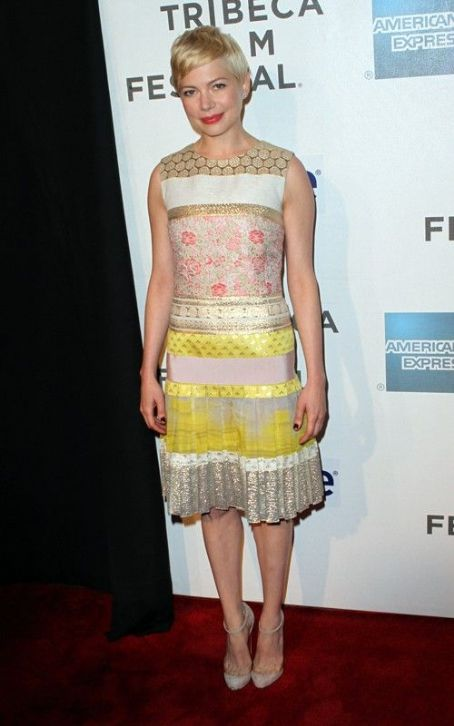 "Michelle Williams Debuts ""Take This Waltz"" at Tribeca"