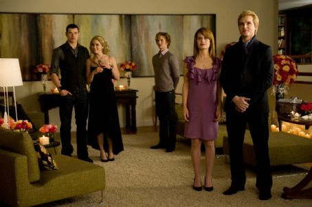 Rosalie Hale (Left to right) KELLAN LUTZ stars as Emmett Cullen, NIKKI REED stars as , JACKSON RATHBONE stars as Jasper Hale, ELIZABETH REASER stars as Esme Cullen and PETER FACINELLI stars as Dr. Carlisle Cullen. Photo Credit: Kimberley French. All Images
