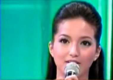Sarah Lahbati Showbiz Central (2007)