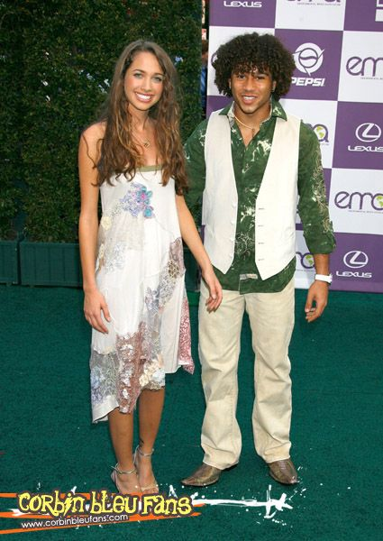 Maiara Walsh Corbin Bleu and