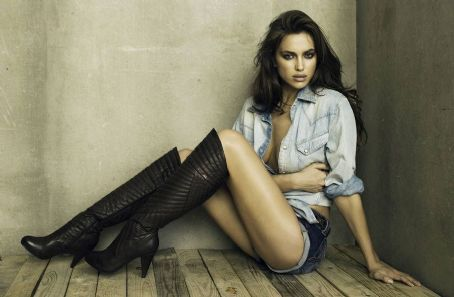 Katarina Leigh Waters - Irina Shayk XTi Footwear Autumn Winter 2011