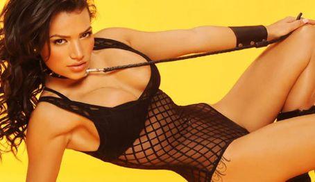 Bella Gonzalez