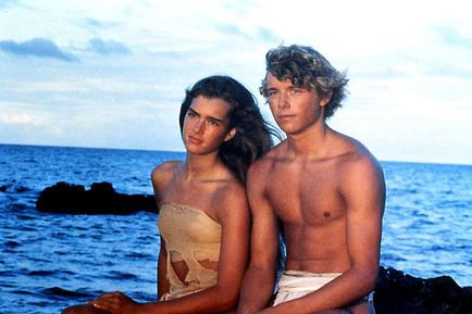 Christopher Atkins  and Brooke Shields in The Blue Lagoon (1980)