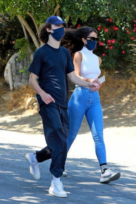 Eiza Gonzalez and Timothee Chalamet – Out for a hike in Los Angeles