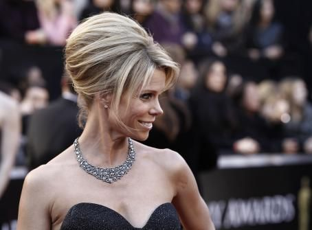 Cheryl Hines - 83 Academy Awards - Arrivals (Feb. 27, 2011)