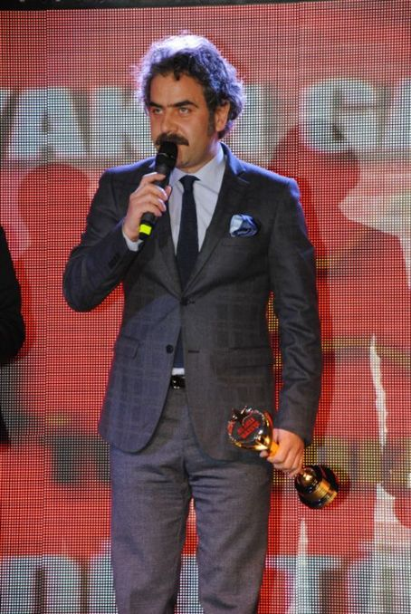 Yurdaer Okur Ayakli Gazete TV Stars Awards