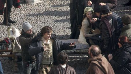 Douglas Booth New photos from the set of Hailee Steinfeld and 's new film, Romeo and Juliet, have arrived