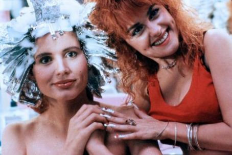Julie Brown Geena Davis and  in Earth Girls Are Easy (1988)