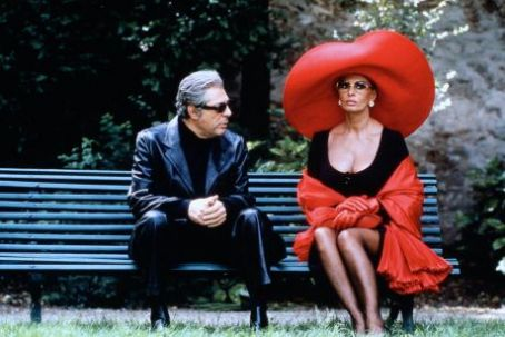 "Sophia Loren and Marcello Mastroianni in ""Prêt-à-Porter"" (1994)"