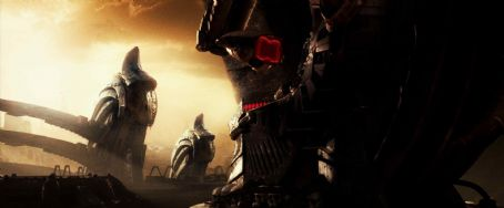 AVPR: Aliens vs Predator - Requiem The Predator world holds secrets that portend a battle on Earth between the Predator and Aliens. Photo credit: Courtesy of 20th Century Fox.