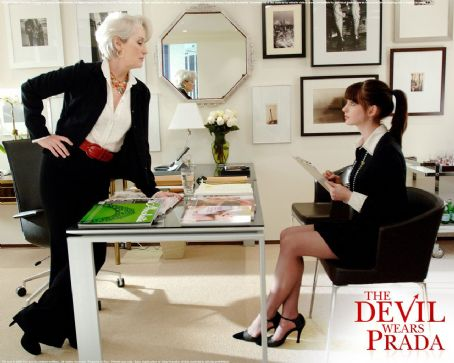 Miranda Priestly - The Devil Wears Prada Wallpaper 2006