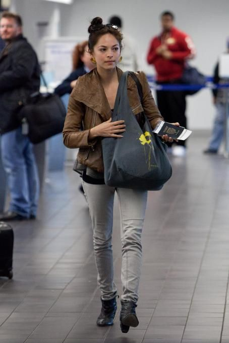 Kristin Kreuk - At The LAX Airport 01/03/11