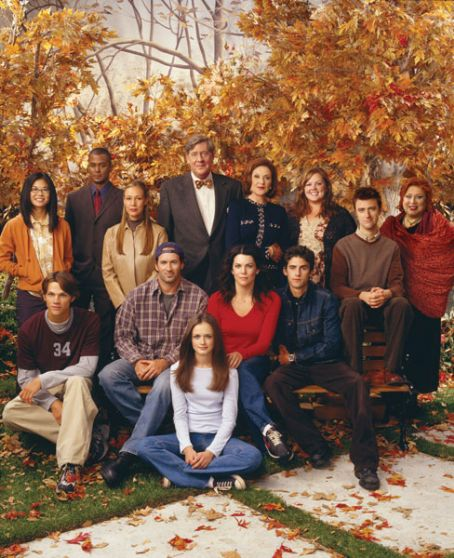 Liz Torres Gilmore Girls Cast Season 2
