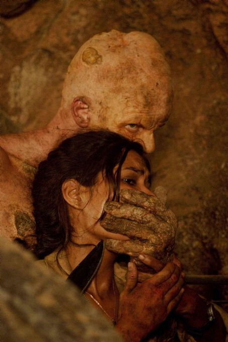 The Hills Have Eyes II The mutant Chameleon (Derek Mears) quiets Missy (Daniella Alonso)