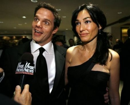 Dara Tomanovich and Bill Hemmer http://photos.lucywho.com/bill-hemmer-photo-gallery-c16305071.html