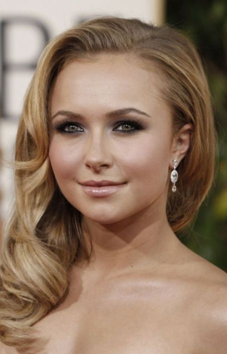 Hayden Panettiere Car Accident: 'Nashville' Star Narrowly Escapes Crash After Running A Red Light