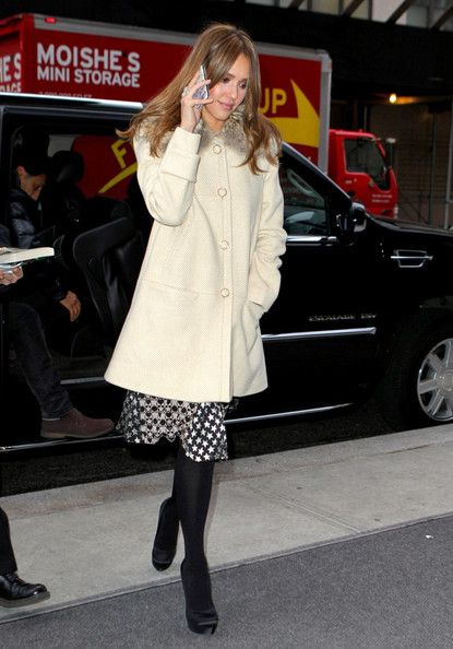 Jessica Alba Returns to Her Hotel in NYC