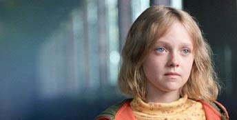 Cale Crane Dakota Fanning is  in DreamWorks' drama Dreamer: Inspired by a True Story - 2005