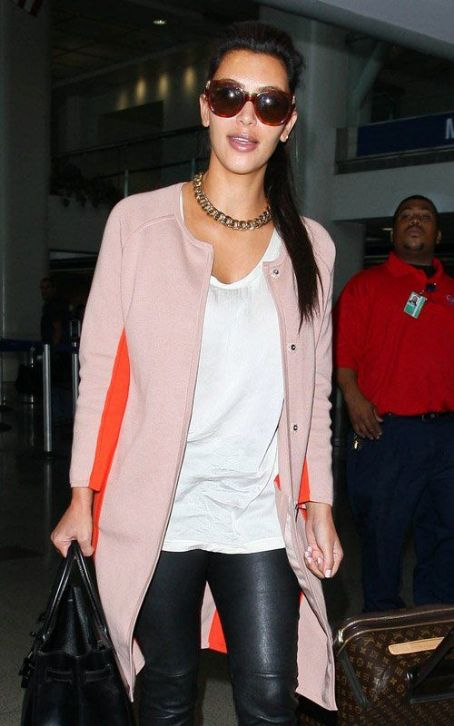 Frequent Flyer Kim Kardashian's Tinseltown Glam Session