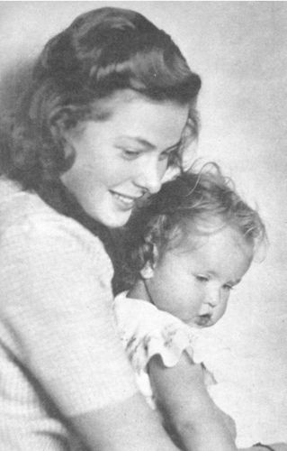Pia Lindström  with her mother Ingrid Bergman