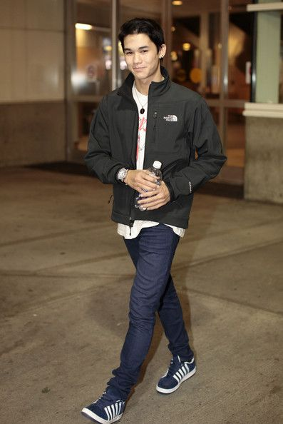 Booboo Stewart - Boo Boo Stewart at Vancouver International Airport March 7, 2011