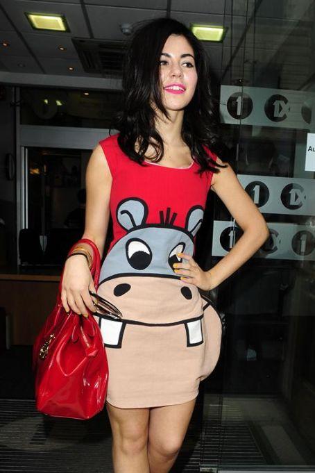 Marina Lambrini Diamandis - Wallpaper Actress