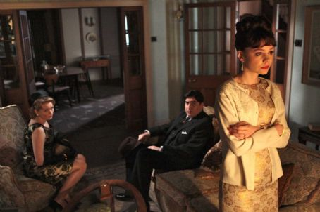 Cara Seymour Left to Right:  as Marjorie, Alfred Molina as Jack, and Carey Mulligan as Jenny. Photo taken by Kerry Brown, Courtesy of Sony Pictures Classics
