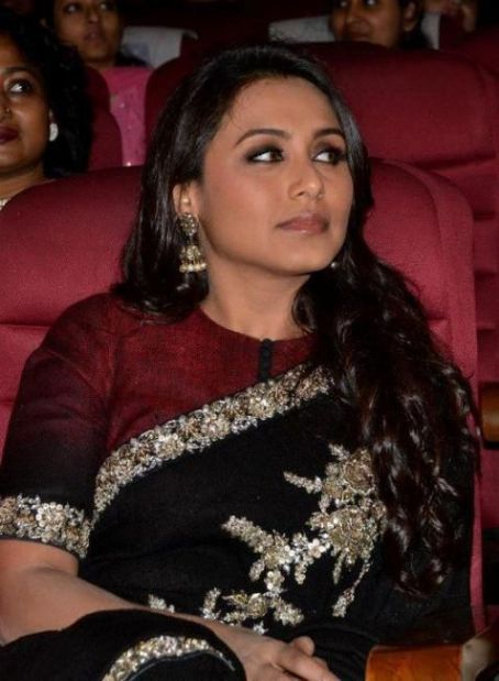 Rani Mukerji - Rani Mukherjee at Anandalok Awards 2011