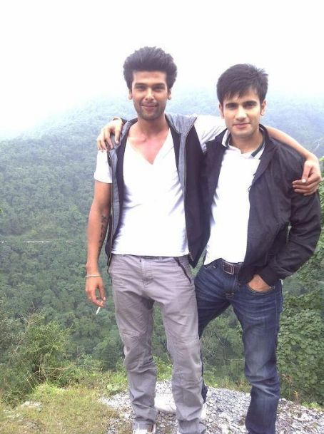 Karan Tacker - The Vadhera boys (Viren and Virat) in Ek Hazaaron Mein Meri Behna Hai Pictures
