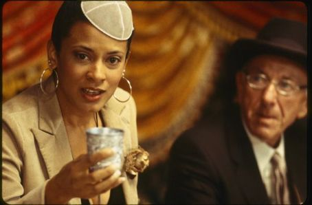 Cynda Williams as Grace and Jack Klugman as Artur Stuckman in When Do We Eat - 2006