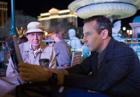 Carl Reiner  as Saul Bloom and Eddie Jemison as Livingston Dell in Ocean's Thirteen