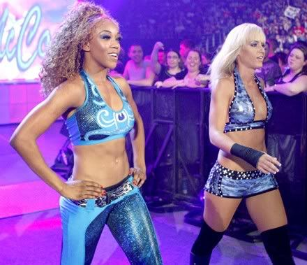 Victoria Crawford - Alicia Fox and Michelle McCool on Smackdown