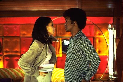 Karyn Parsons  as Julie and Tim Meadows as Leon Phelps in Paramount's The Ladies Man - 2000