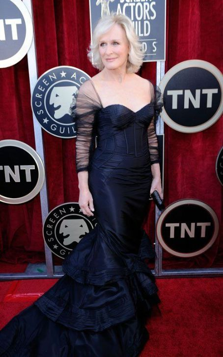 Glenn Close Brings Experience to the 2012 SAG Awards