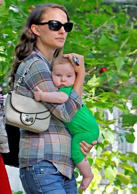 Natalie Portman Shows Off 4-Month-Old Son Aleph