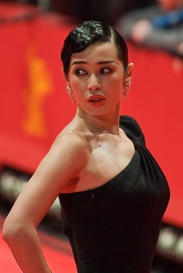 Nan Yu everlane