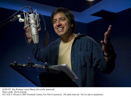 Ray Romano voices Manny the woolly mammoth. Photo credit: Kevin Estrada. ICE AGE 3 TM and © 2009 Twentieth Century Fox Film Corporation. All rights reserved.