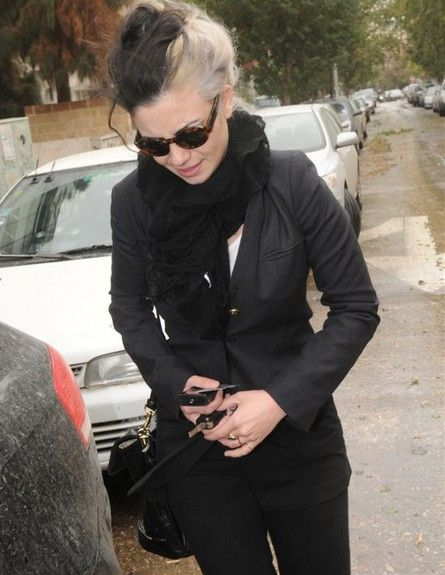 Ninette Tayeb with her new her - 19/12/2010