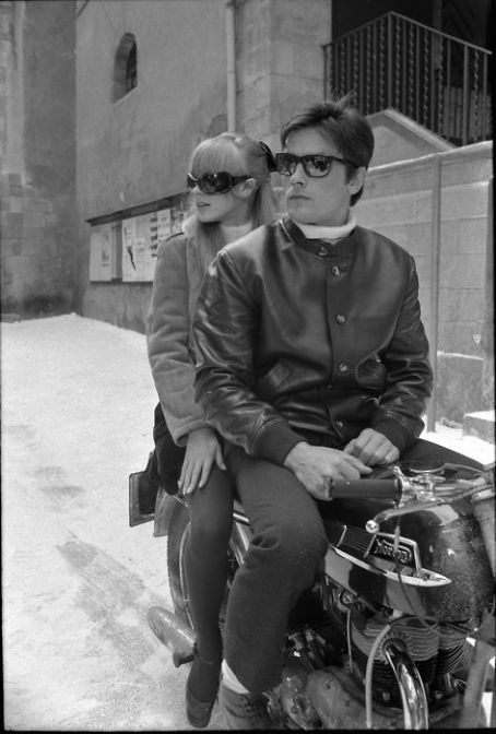 Marianne Faithfull - Girl on a motorcycle