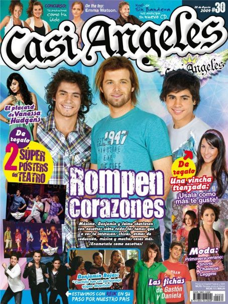 Jaime Dominguez, Benjamín Amadeo - Casi Angeles Magazine Cover [Argentina] (September 2009)