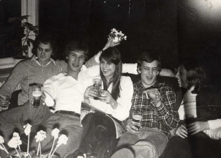 Sylvia  Tamsma at a party in the early seventies! One classy lady!