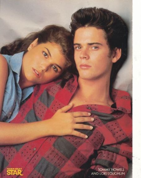 C. Thomas Howell and Lori Loughlin in Secret Admirer (1985)