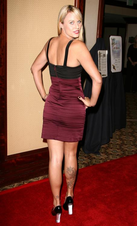 "Amanda Beard - The 4 Annual ""Road To A Cure"" Gala In Los Angeles 2008-12-03"
