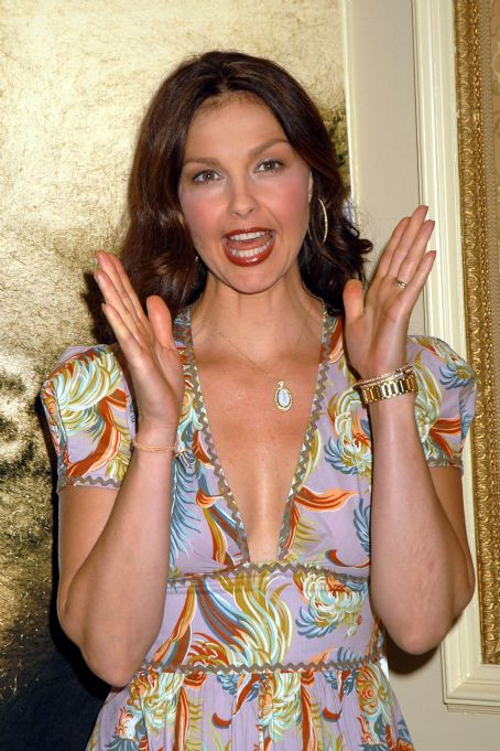 "Bug - Ashley Judd - Press Conference With The Cast Of Director William Friedkin's ""BUG"", 10.05.2007."