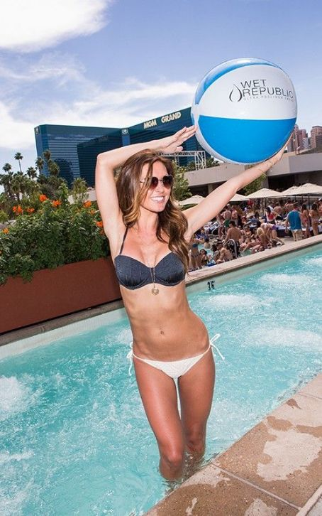 Bikini Babe Audrina Patridge's Sin City Birthday Bash