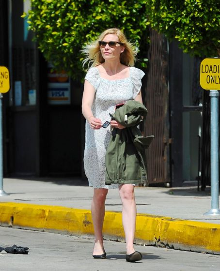 Kirsten Dunst at Scout Clothing Store in LA