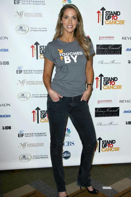 Elizabeth Berkley - Stand Up To Cancer Benefit, 05.09.2008.
